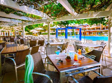 Foz do Iguaçu, PR: Resort com 2 opções de pensão e muito lazer | Café da Manhã, Meia Pensão | Resort, Viajar com Crianças, Ecoturismo, Termas e Spa, Novas Ofertas, Fim de Semana Fantástico