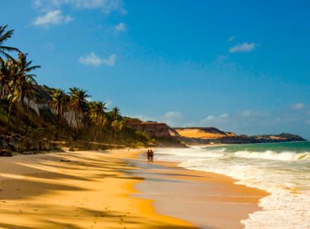Praia da Pipa, RN: Hotel sobre as falésias com charmosos bangalôs | Café da Manhã | Praia, Escapada, Viajar a Dois, Hotel de Charme, Aéreo É Mais, 10x sem Juros, Novas Ofertas, RN com Aéreo