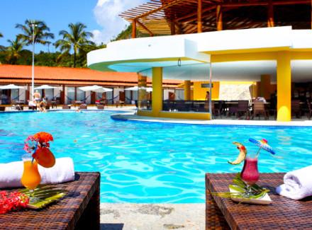 Porto Seguro, BA: Resort All-Inclusive frente à Praia de Curuípe | All-Inclusive | Aéreo É Mais, Resort, Viajar com Crianças, Praia, Diversão, Mais Reservados, Novas Ofertas, Semana do Consumidor