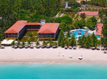 Maragogi, AL: Hotel com 2 opções de pensão, à beira-mar de Burgalhau | Meia Pensão, Pensão Completa | Praia, Viajar com Crianças, Escapada, 10x sem Juros