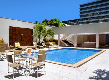 Brasília, DF: Hotel cinco estrelas com piscina e a 1 km da Esplanada | Café da Manhã |