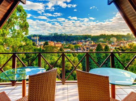 Gramado, RS: Luxuoso Resort 5* a 400 m da Rua Coberta | Café da Manhã, Meia Pensão | Aéreo É Mais, Serra, Resort, Viajar com Crianças, Escapada, Hotel de Luxo, Premiados Zarpo, Mais Reservados
