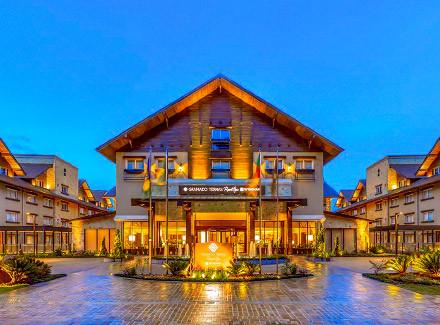 Gramado, RS: Elegante Hotel a 750 m do Snowland e a 7 km do centro | Café da Manhã | Resort, Termas e Spa, Viajar a Dois, Lua de Mel, Viajar com Crianças