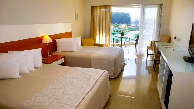 Mavsa Resort - Ou, se preferir o descanso, o lugar certo é a acomodação Superior ou Luxo, ambas com TV, AC, frigobar e amenities.